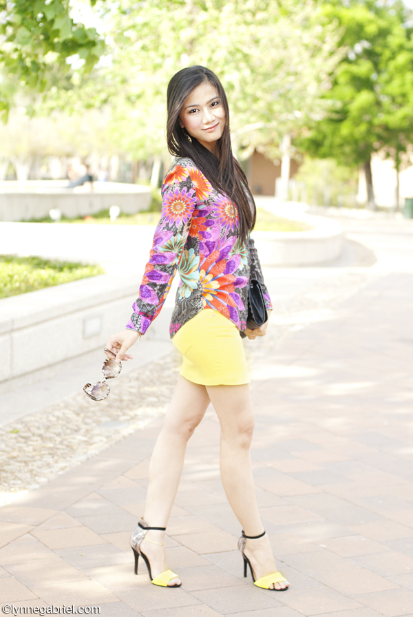 Houston Style Blogger Wears Colorful Top