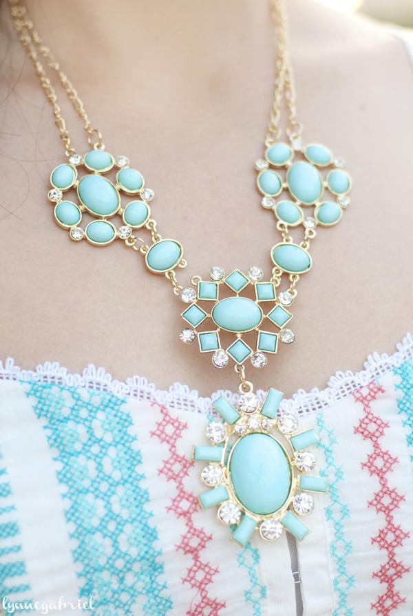 Deb Shops Mint Necklace