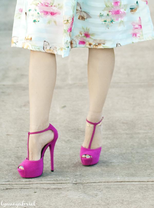 JustFab Magenta Platform T-Strap Heels