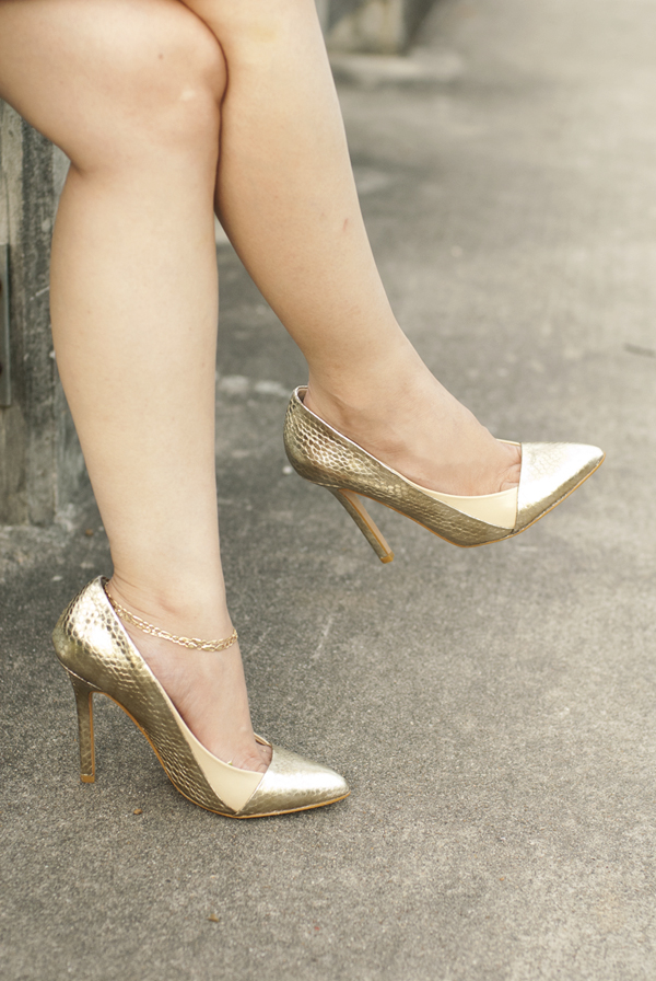 Just Fab Gold and Nude Pumps