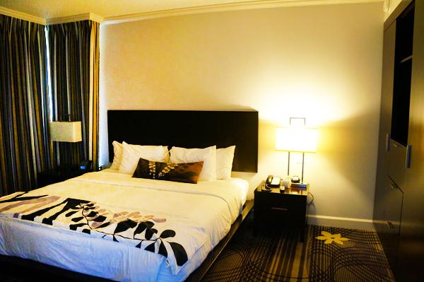 King Bedroom at La Torretta Lake Resort and Spa