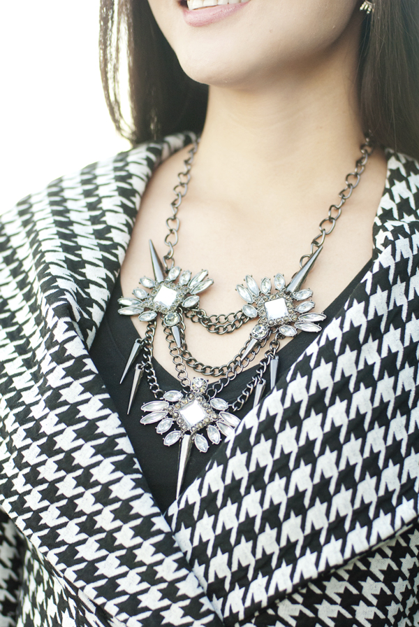 Bauble Bar Spiked Lily Necklace