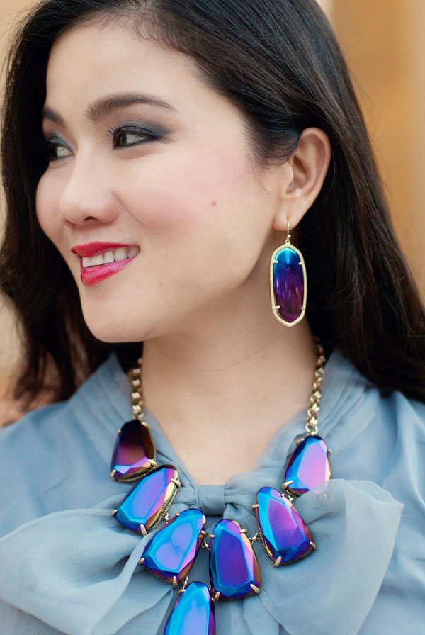 Kendra Scott Iridescent Earrings and Necklace