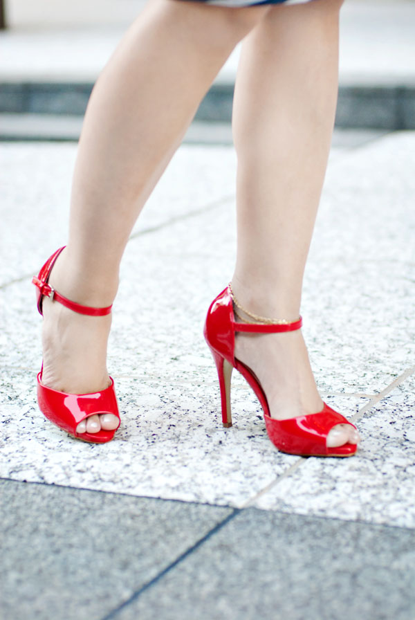 ShoeDazzle Red High Heels