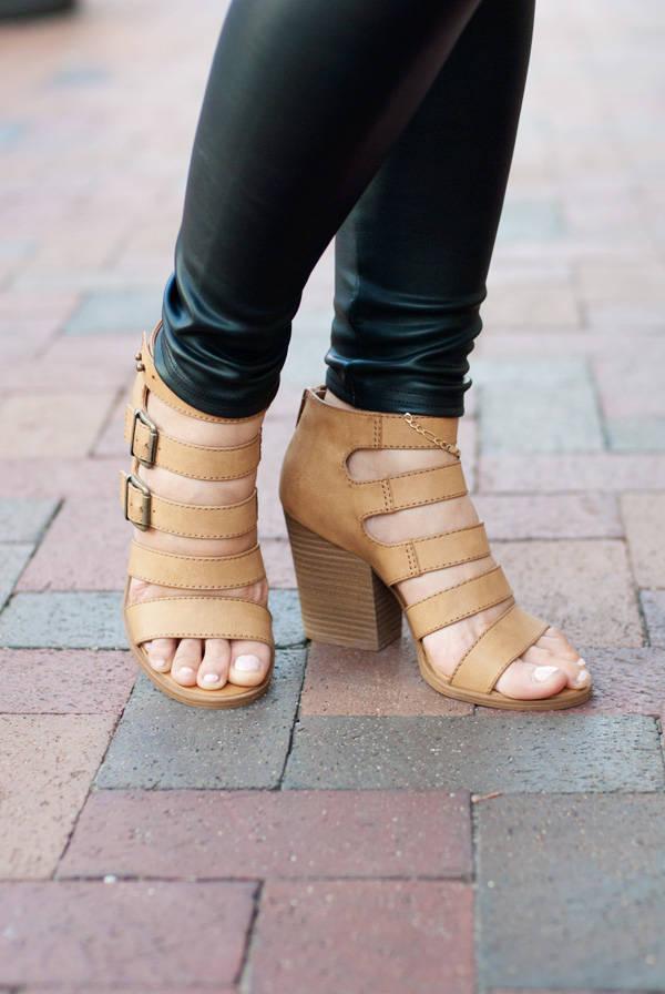 MUDD Strap Sandals