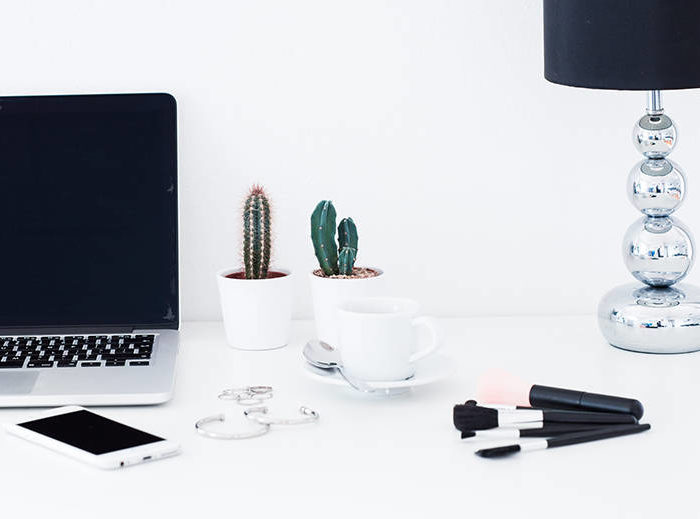 Here's Everything You Need To Make Blogging Your Full-Time Income