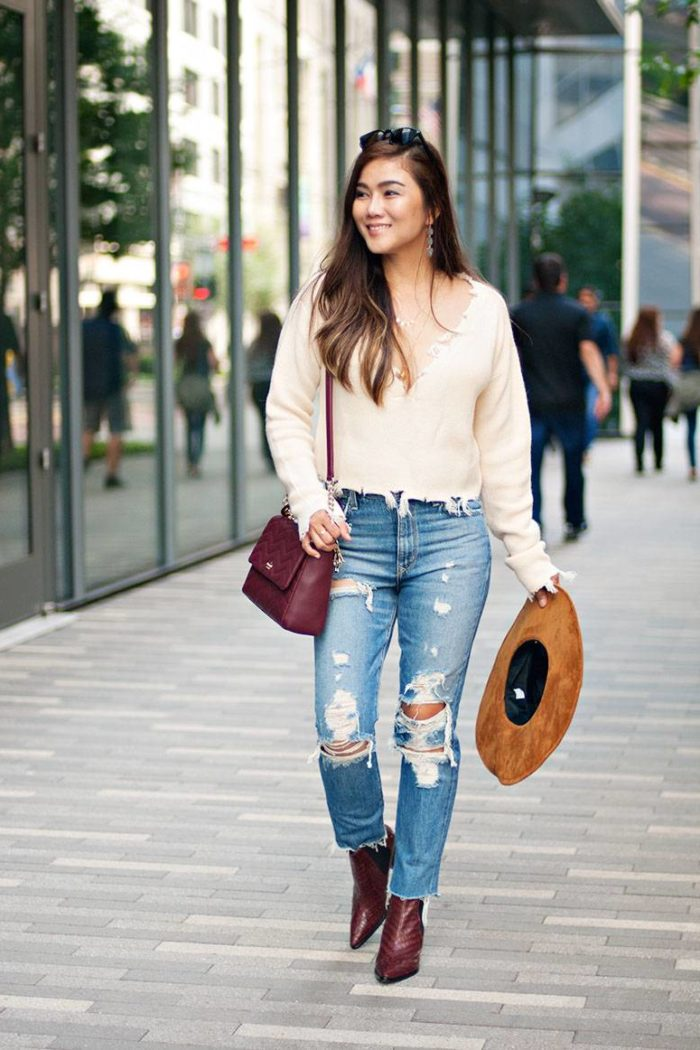 Fall Outfit Inspiration: How to Style Distressed Jeans in Fall