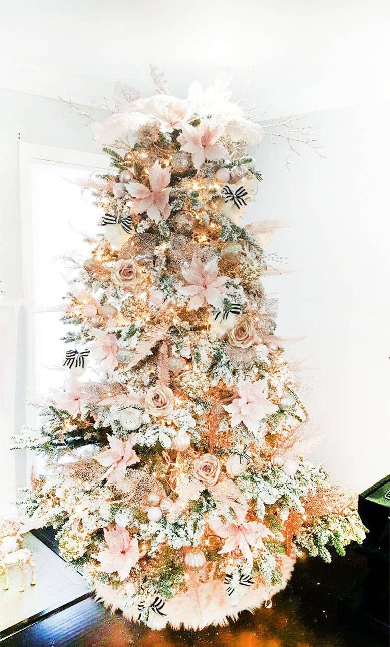 Rose Gold And Silver Christmas Tree.13 Amazingly Beautiful Christmas Tree Decorating Ideas